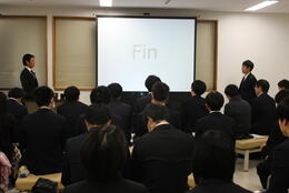 R1.12.16 学生挨拶.JPG